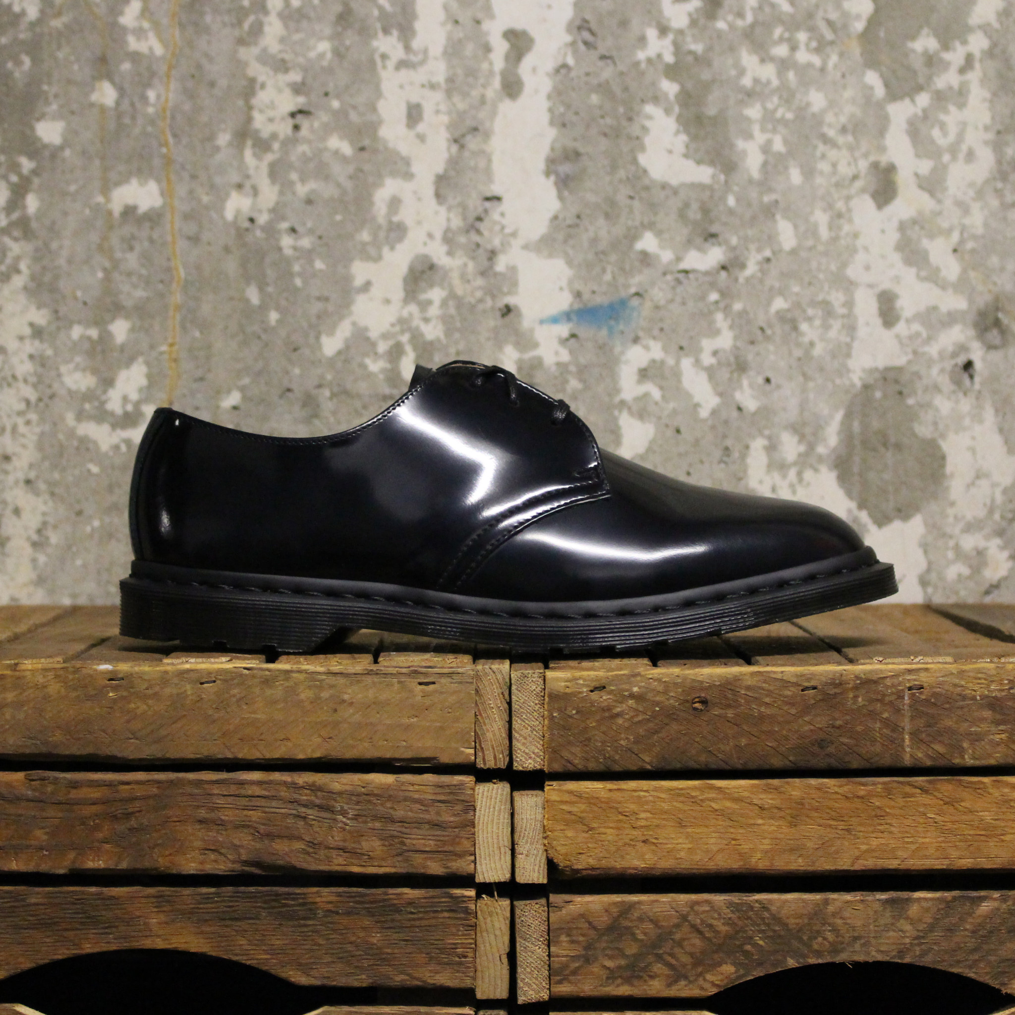 Dr Martens Dr Martens Archie II (Polished Smooth) - Black