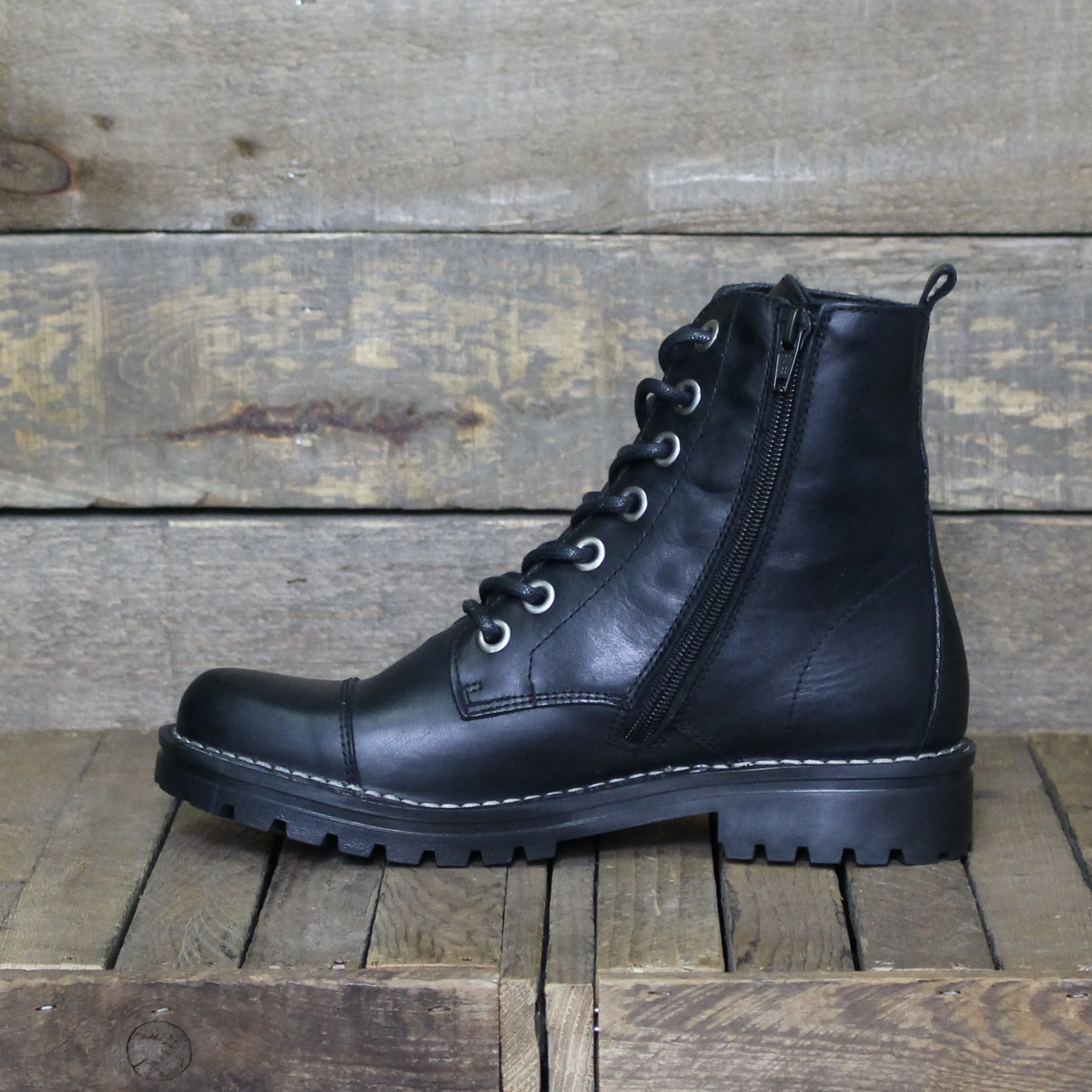 Chacal Chacal - 5265 Madison Leather - Black