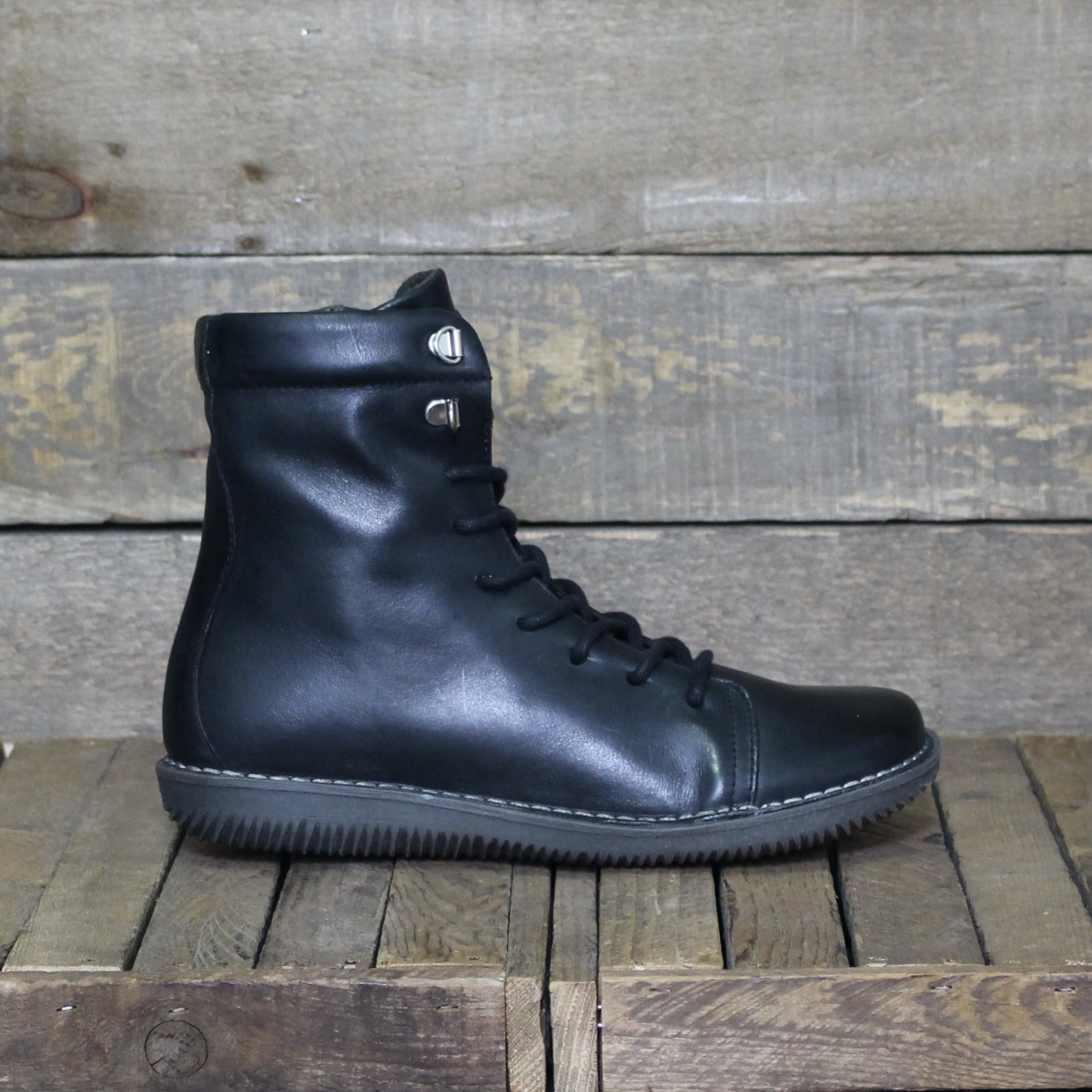 Chacal Chacal - 5212 Madison Leather - Black