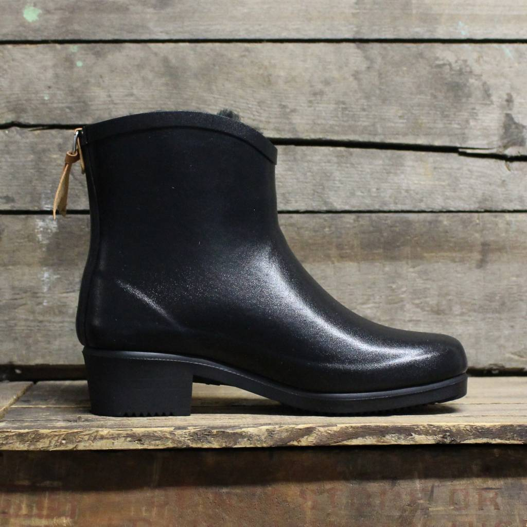 new product 3b50e bea8c Aigle Aigle Miss Juliette Bottillon Fur - Black