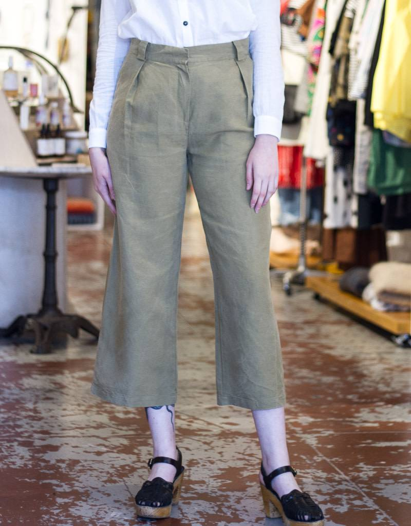 Acote Wide Leg Khaki Pants