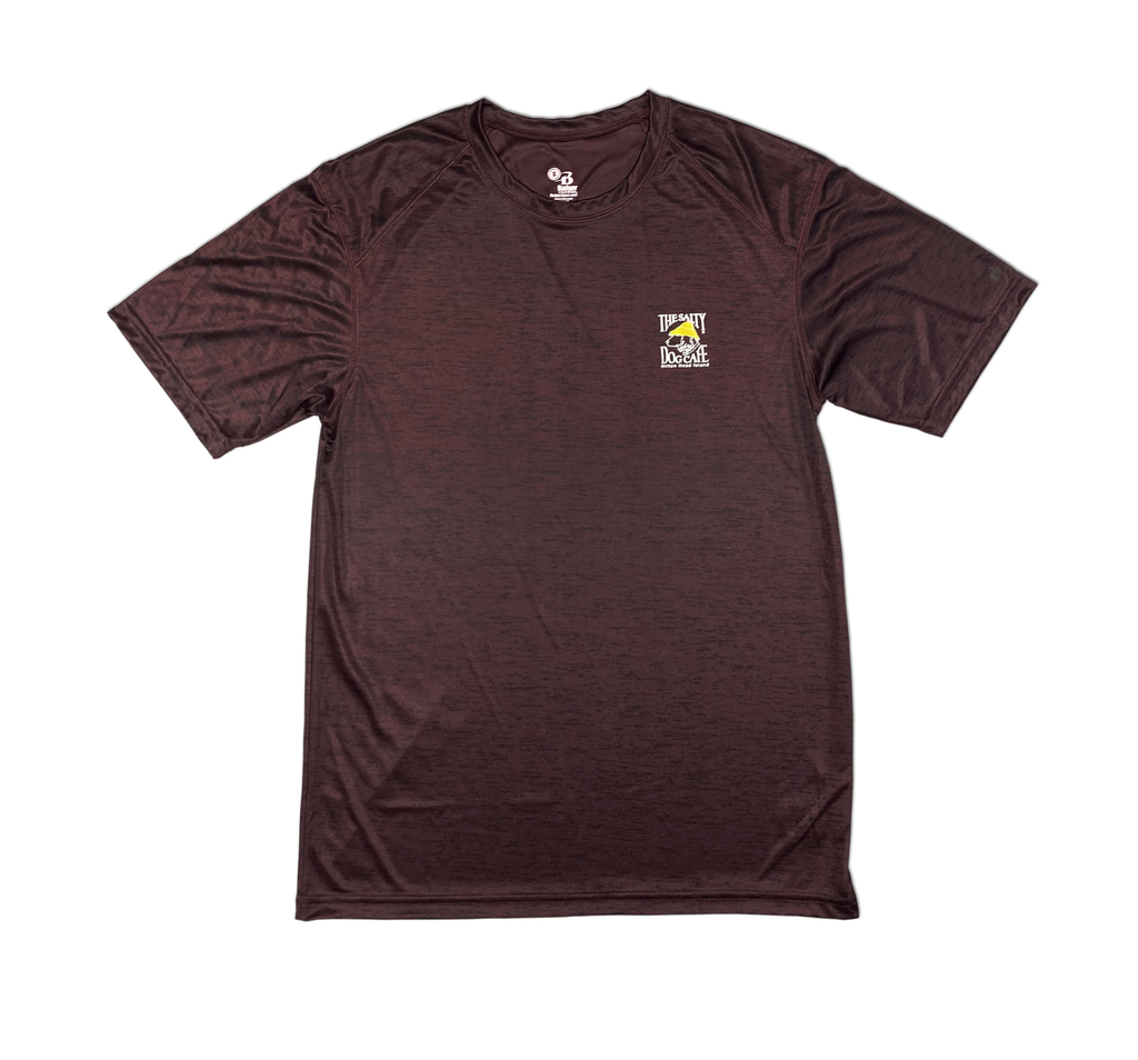 T-Shirt Performance Short Sleeve in Maroon