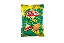 Smith Smiths Crinkle Cut Snag & Sauce 150g