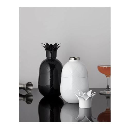 W&P Pineapple Cocktail Shaker Black 18.5oz