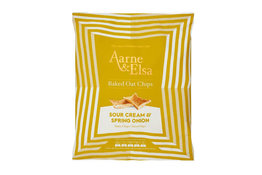 Aarne & Elsa Aarne & Elsa Sour Cream & Spring Onion Baked Oat Chips 150g