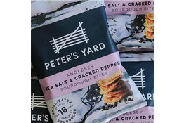 Peters Yard Peter's Yard Anglesey Sea Salt & Cracked Pepper Sourdough Bites 90g