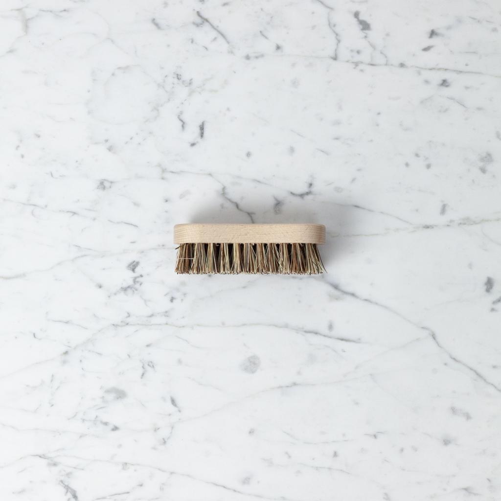 Simple Veggie Scrubbing Brush - Union Blend