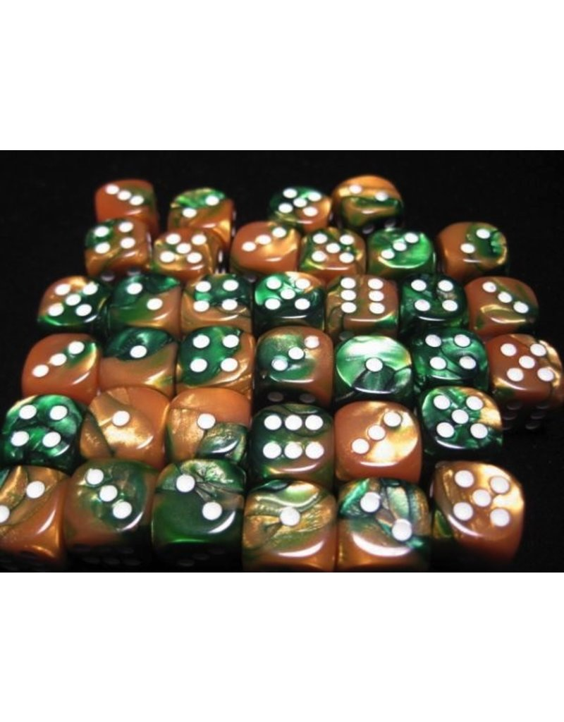 Chessex CHX26825 12mm d6 Gemini Gold-Green with White
