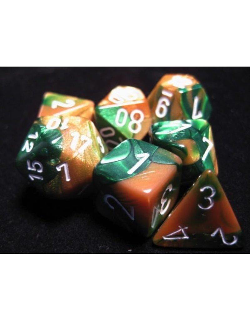 Chessex CHX26425 7 Set Gemini Gold-Green with White