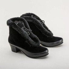 Royal Vintage Aspen Retro Winter Booties (Black)