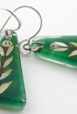 Leaf Medium Triangle Earrings (A)