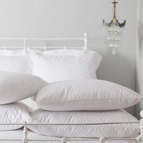 Laroche Down Pillow - King, Medium Fill