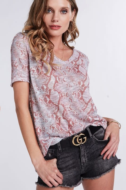 Quite the Charmer Top-