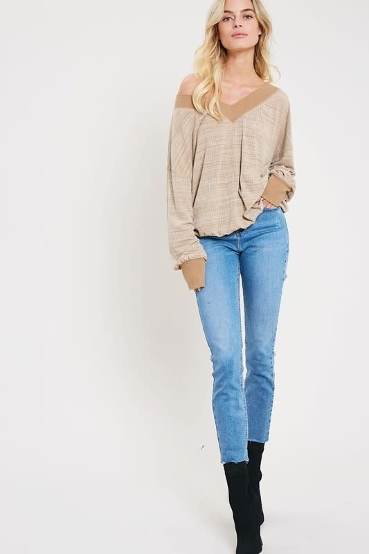 Wind Down Ribbed V-Neck Top -