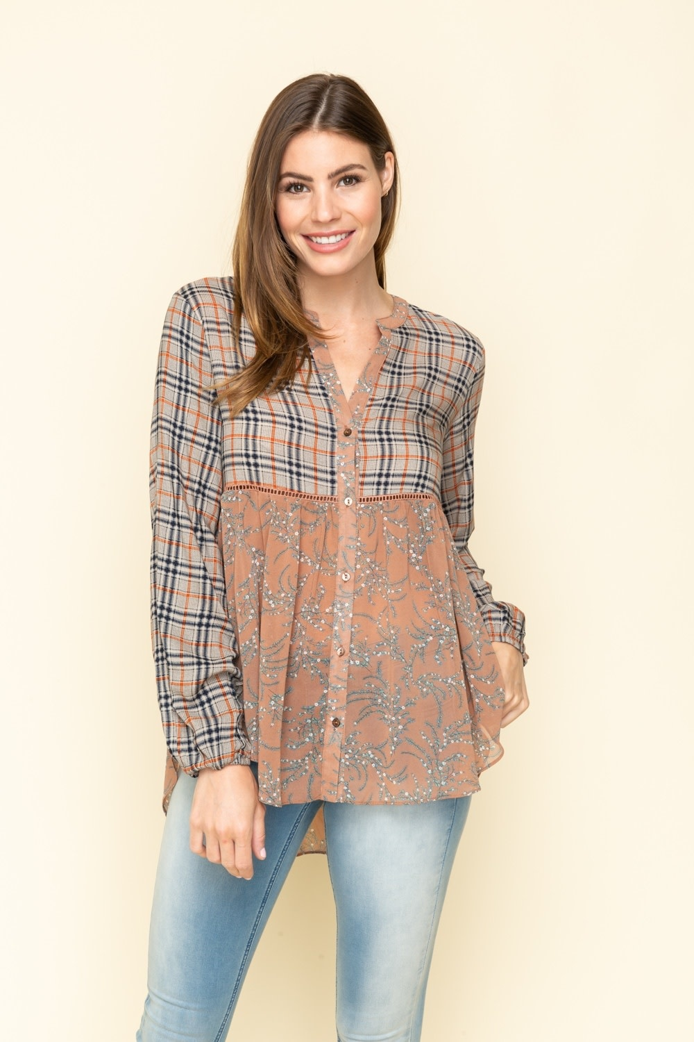 The Right Mix Contrast LS Top -