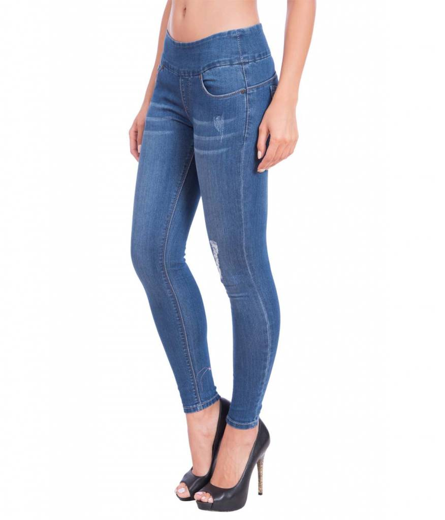Lola Jeans Julia Mid-Rise Pull On Ankle -