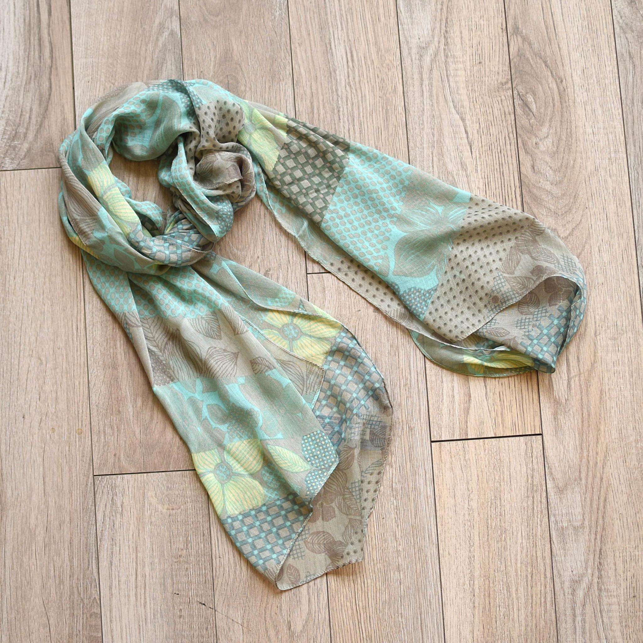 vsa vsa hello dogwood scarf sea green