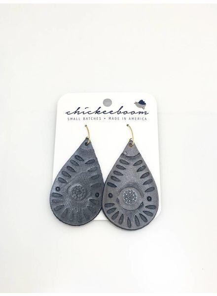 Chickeeboom Chickeeboom Leather Petal Earring Grey