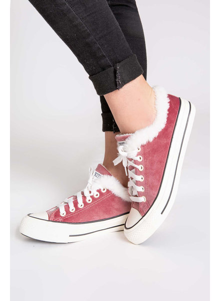 PJ Salvage PJ Salvage Plush Sneaker