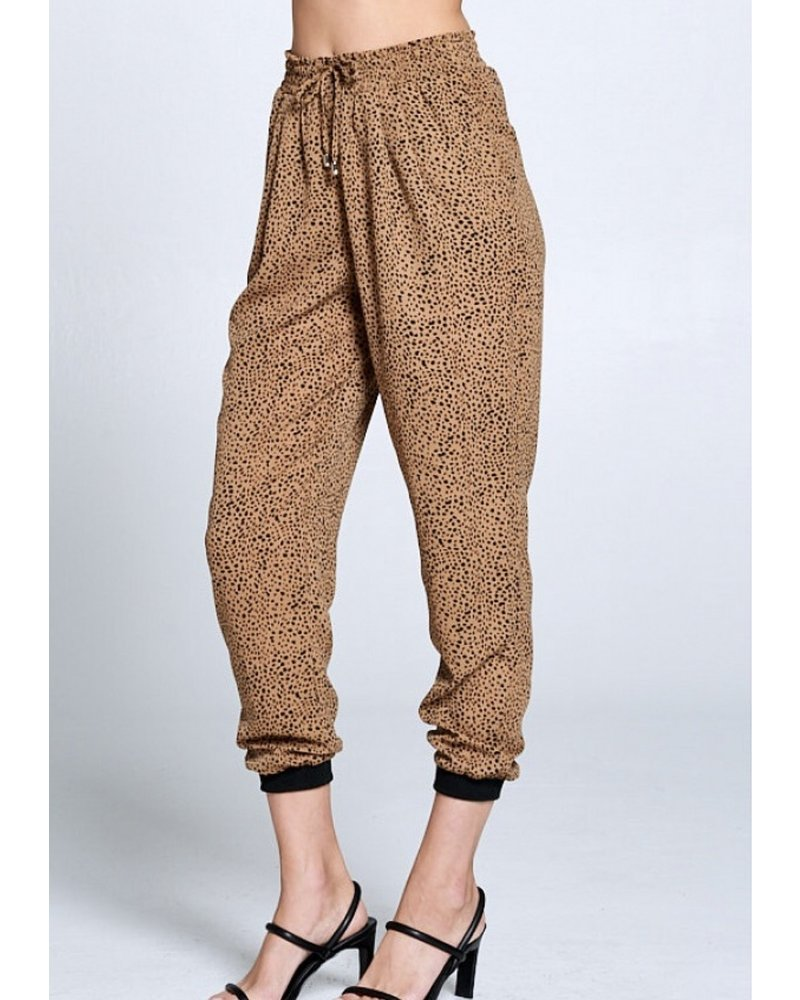 Wendy WEN Leopard Joggers