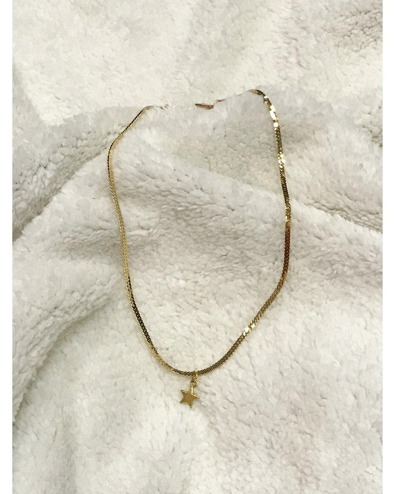 Shrake Shrake Star Necklace Gold
