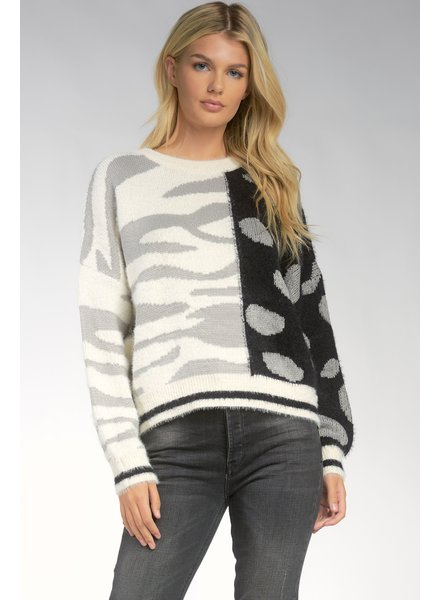 ELAN Elan Animal Sweater