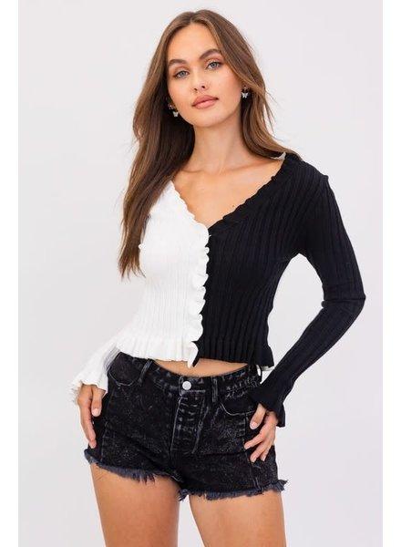 Le Lis Le Lis Ruffle Black White Sweater