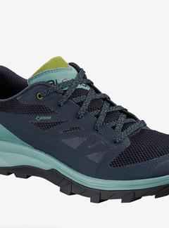 Salomon Women's OUTline GTX Hiking Shoes