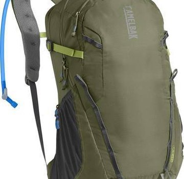 CamelBak Cloud Walker 18L 85 oz Hydration Day Pack
