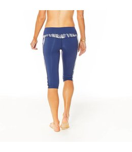 Carve Designs Women's Hampton Capri
