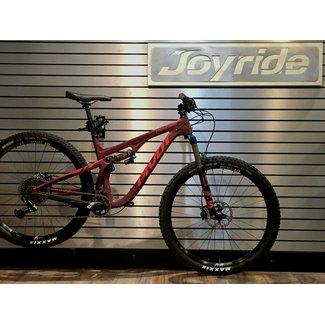 "Pivot Cycles Demo Pivot Cycles Trail 429 2019 Pro XO1 Medium Red 29"" Alloy Wheels"