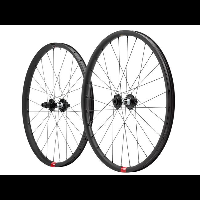 "Santa Cruz Bicycles Santa Cruz Reserve V1 29"" Wheelset DT Swiss 350 Hubs"