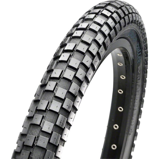 """Maxxis Holly Roller Tire: 26 x 2.40"""", Wire, 60tpi, Single Compound, Black"""