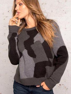 Camo pullover
