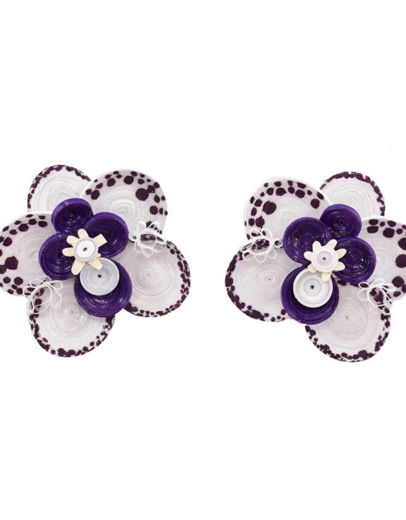 JOSEPHINE ALEXANDER Wild orchid earring