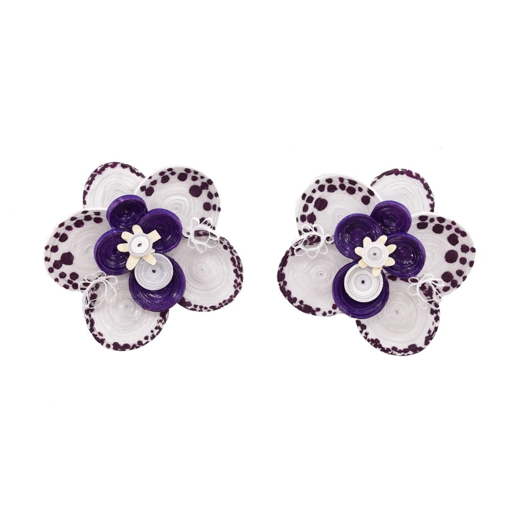 Wild orchid earring
