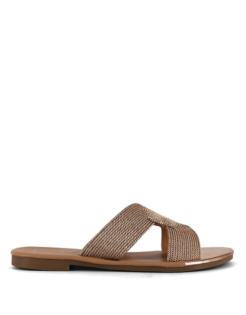 shu shop deveena flat sandal
