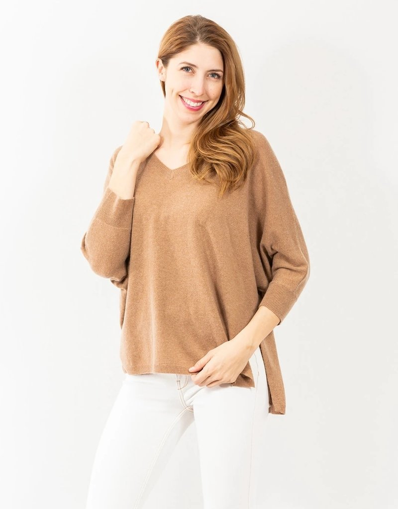 TWO BEES CASHMERE lvn lia v neck sweater