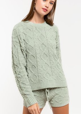 jp16 plush cable sweater