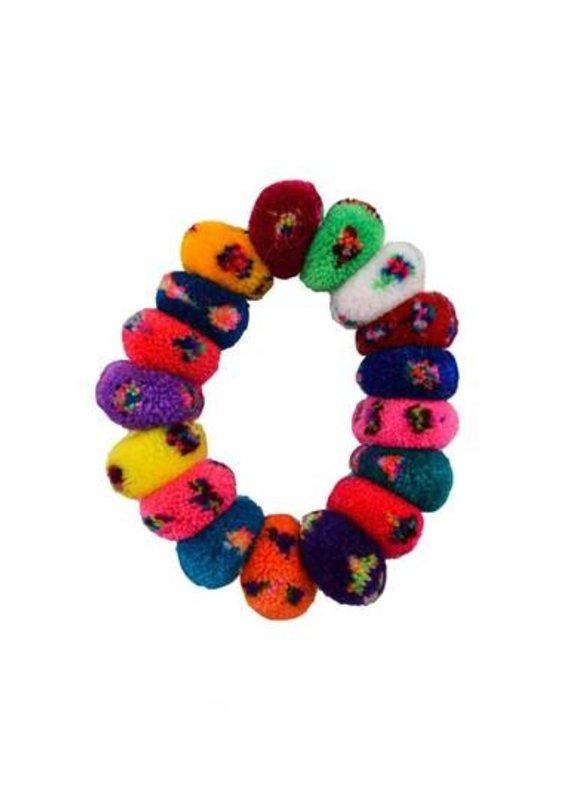 JOSEPHINE ALEXANDER Pom Scrunchie in Rainbow sprinkles