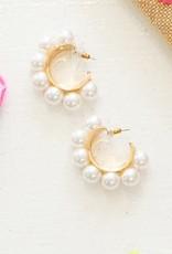 PREPPY GIRL pearl hoop cuff