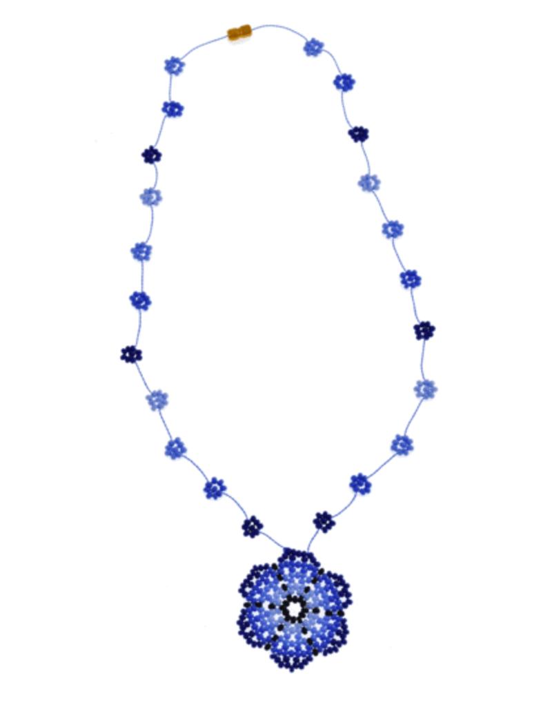 JOSEPHINE ALEXANDER Daisy chain necklace w/ flower in blue