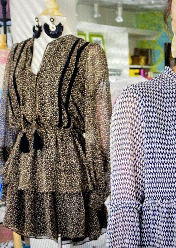 allison NY Tiered Long Sleeve dress