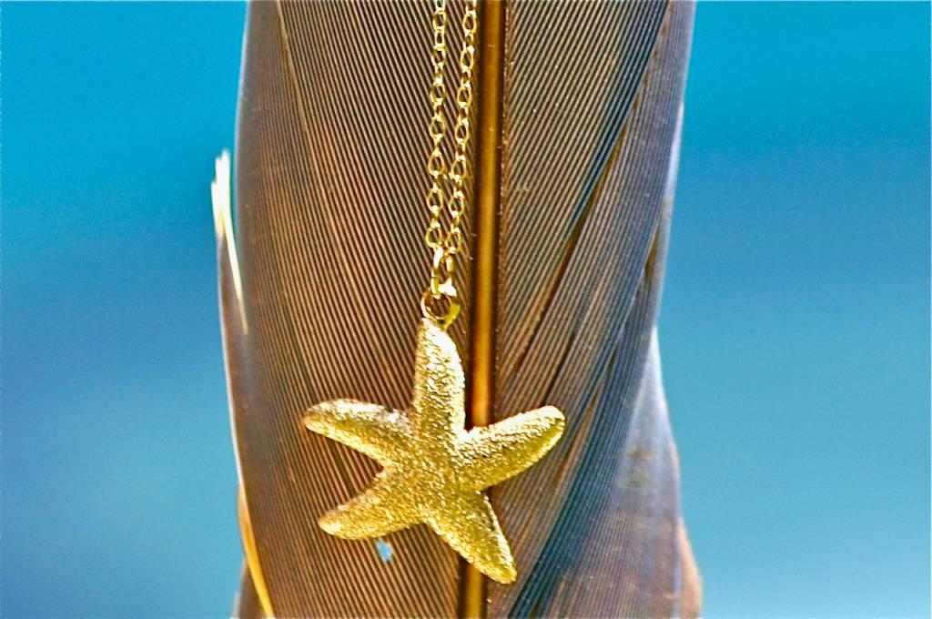 SASHA LICKLE  GOLD STARFISH NECKLACE SLN13