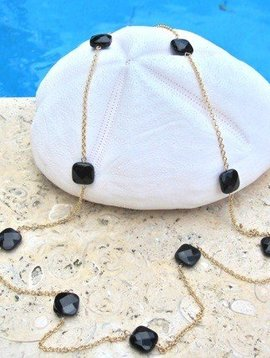 ONYX CHAIN NECKLACE