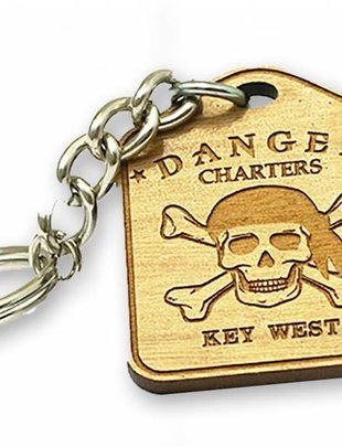 Bicast Skull and Crossbones Keychain