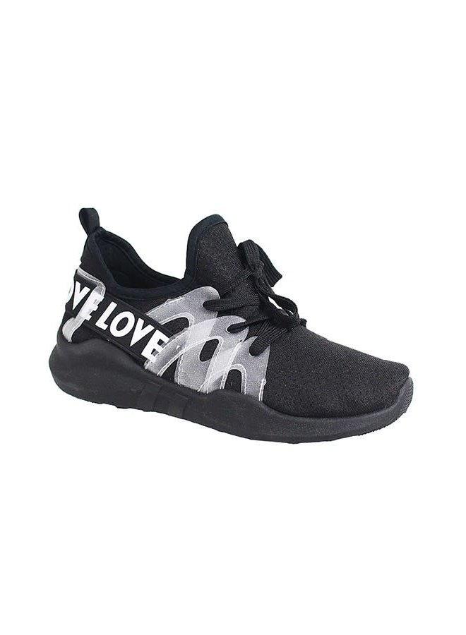 Black Low-Top Sneaker
