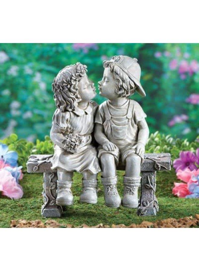 Garden Sculpture - Bench/boy & girl kiss