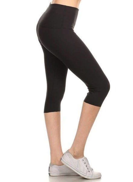Black Yoga Capri Leggings