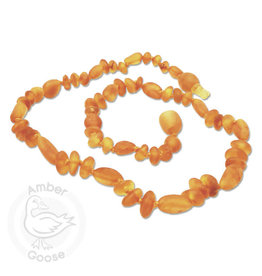 Momma Goose momma goose raw honey amber olive/baroque baby necklace